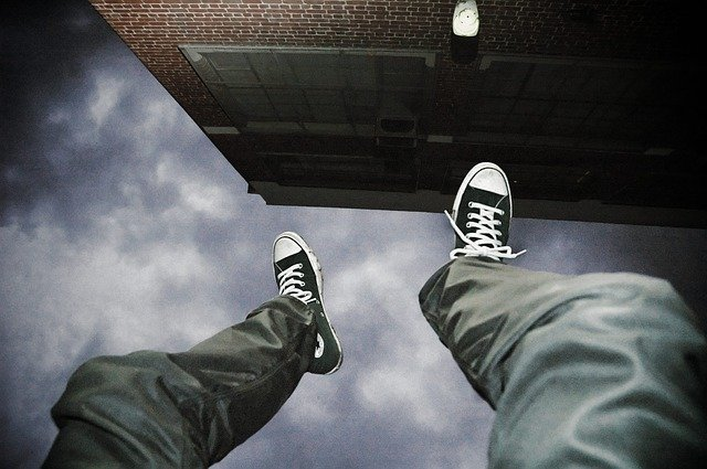 飛び降り自殺