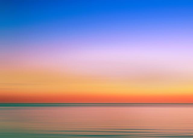 瑞雲のごとく夕日が望む