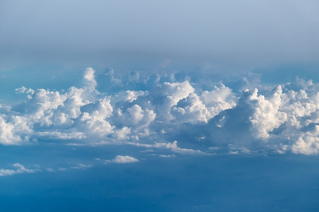 天国から見える雲
