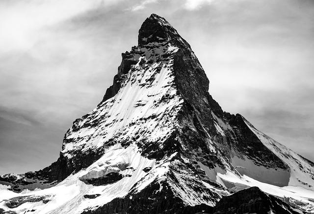 山と神の七つの掟