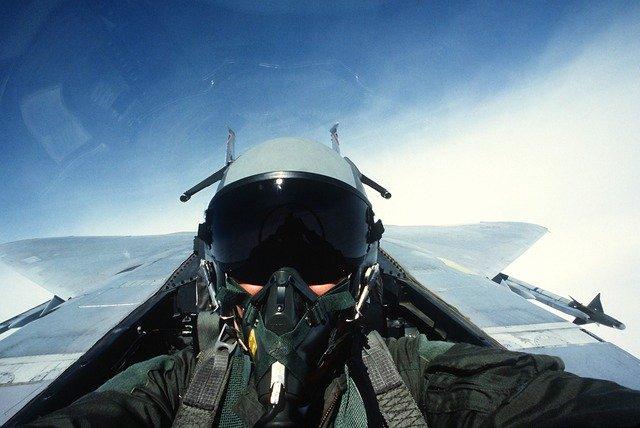 パイロット誘惑