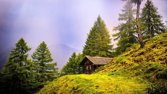 家主のいなくなった山小屋