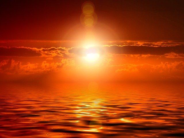 神と大海原