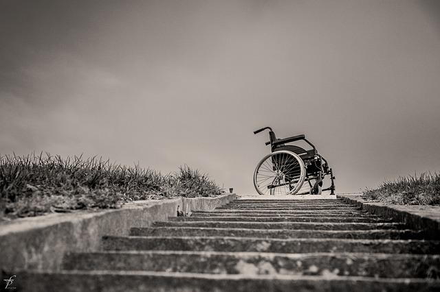 車椅子と劣っている